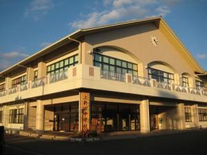 上新田中学校
